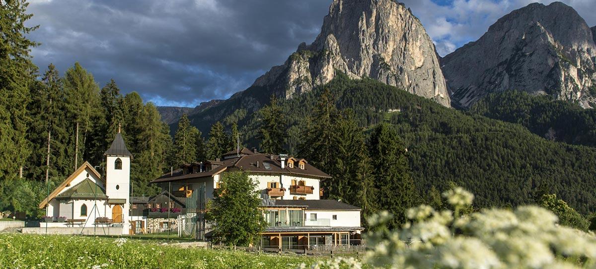 Panorama aus dem Hotel: Schlern, Seiser Alm, Südtirol, Dolomiten